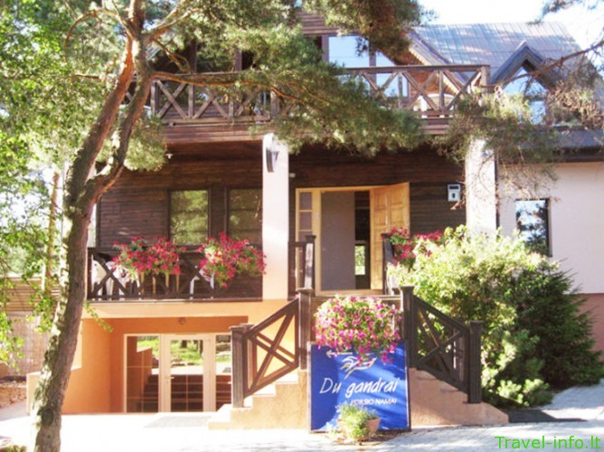 Poilsio namai Palangoje – Du Gandrai